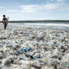 polusi plastik